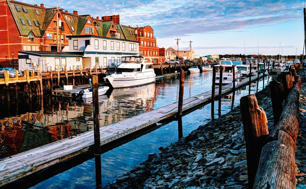 Top Things To Do In Portland Maine | Female Travel & Lifestyle Blog | Earth Below Girls