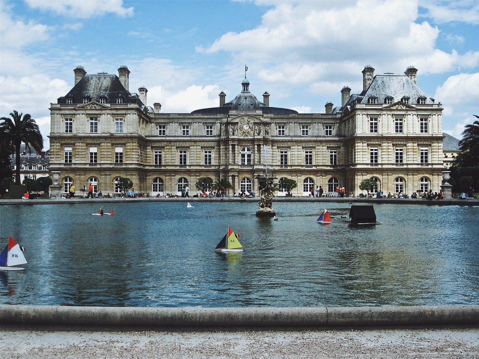 Paris Top Things To Do Guide Female Travel Budget Tips