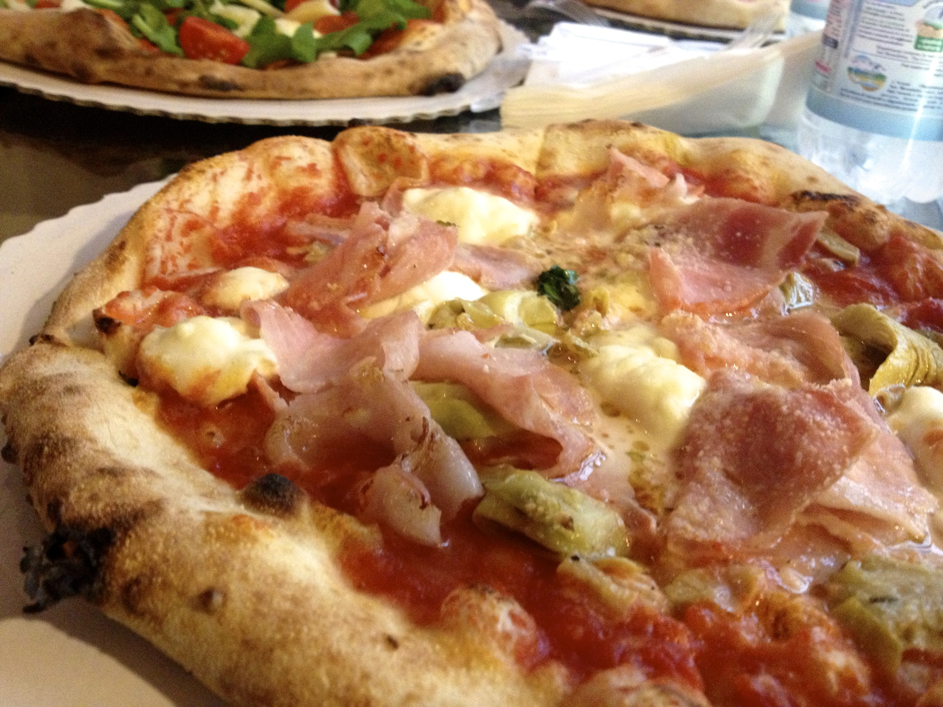 Gusta Pizza Best Pizza in Florence | Female Travel & Lifestyle Blog| Florence Study Abroad guide