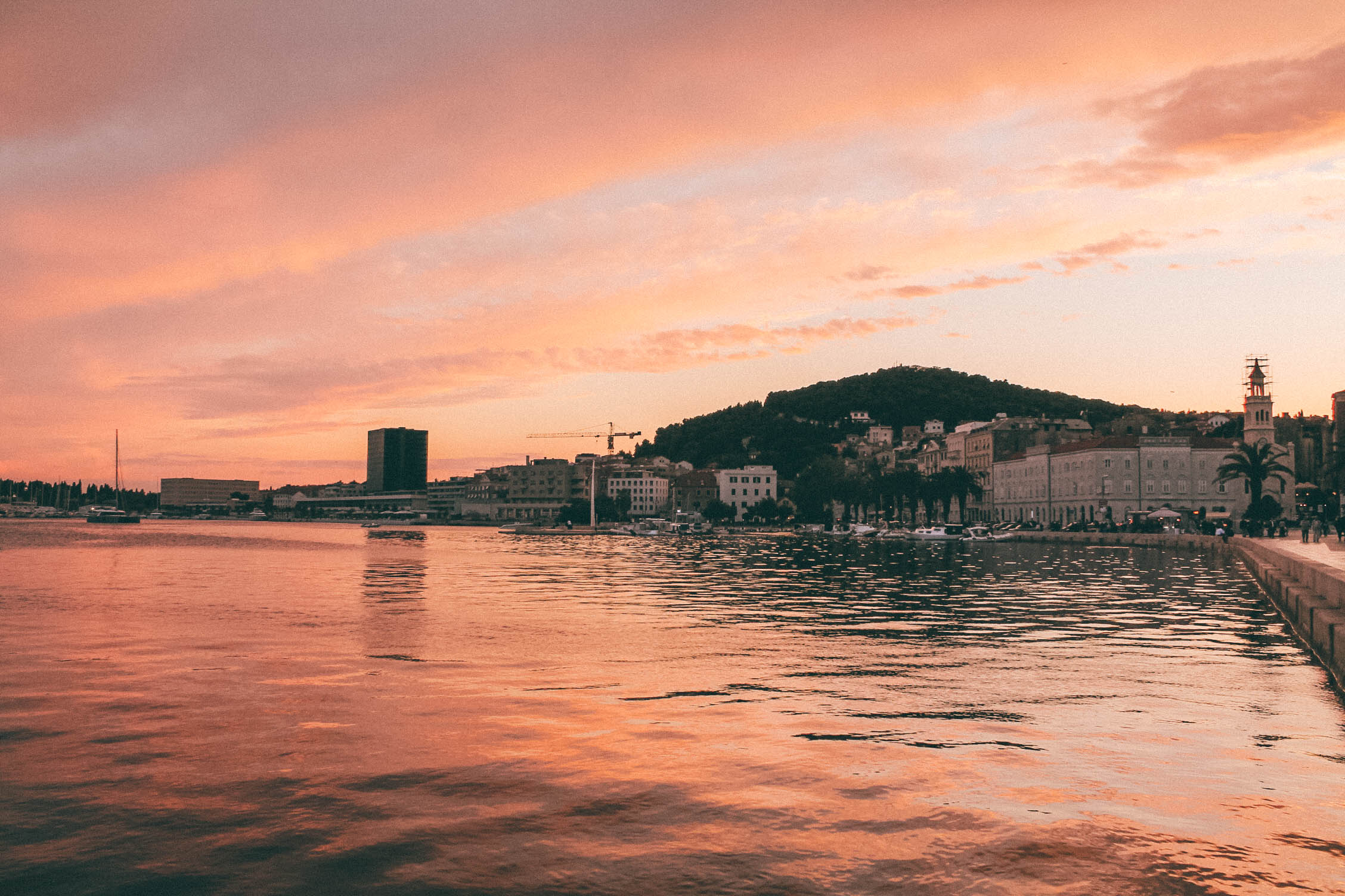 10 Photos that will Inspire You to Visit Croatia. More on Earth Below Girls, female travel & lifestyle blog featuring travel tips & food recommendation.